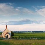 As igrejas devem fechar? Como fica a espiritualidade sem os templos?